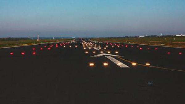 7b4d30a9e8 Ξεκινά «λίφτινγκ» στα 14 περιφερειακά αεροδρόμια