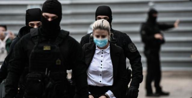 Δίκη για βιτριόλι – Ξεκινά η απολογία της 37χρονης – Στο δικαστήριο και η  Ιωάννα   BriefingNews