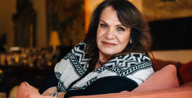 Πέθανε ο σύζυγος της Ελπίδας: Βαρύ πένθος για την τραγουδίστρια