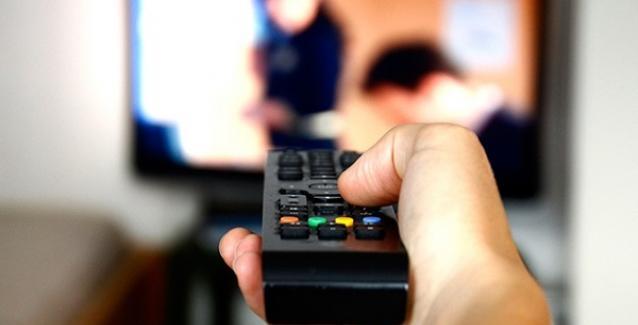 Νέα μελέτη αποκαλύπτει: Πόση τηλεόραση αυξάνει τον κίνδυνο καρκίνου