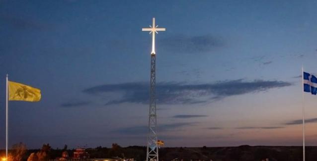 Εβρος:Ο σταυρός που υψώθηκε στη Νέα Βύσσα και εξόργισε τους Τούρκους.. Τι  απαντά ο ηγούμενος του μοναστηριού.. | BriefingNews